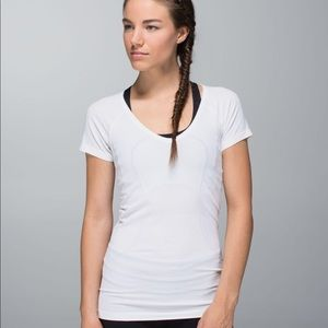 Lululemon Run Swiftly Tech V-Neck